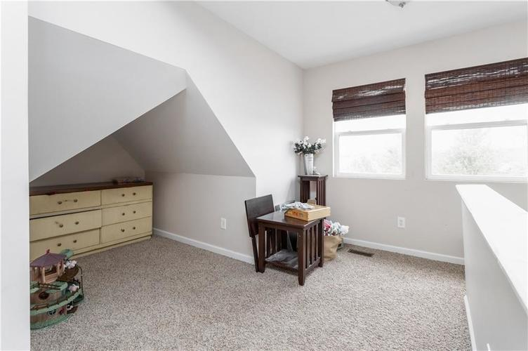 2255 Central Avenue Indianapolis IN 46205 | MLS 21711750 | photo 14