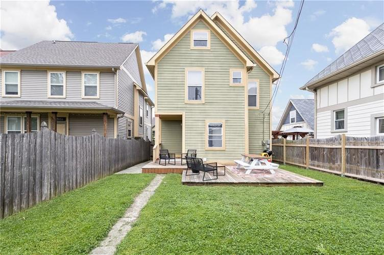2255 Central Avenue Indianapolis IN 46205 | MLS 21711750 | photo 17