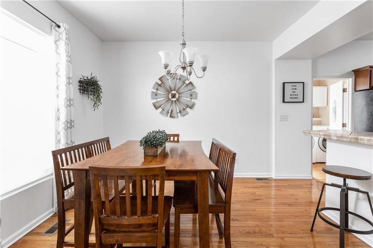 2255 Central Avenue Indianapolis IN 46205 | MLS 21711750 | photo 4