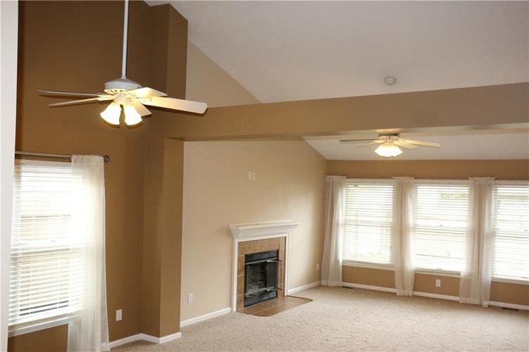 7750 Hooper Strait Drive Indianapolis IN 46236 | MLS 21711760 | photo 4