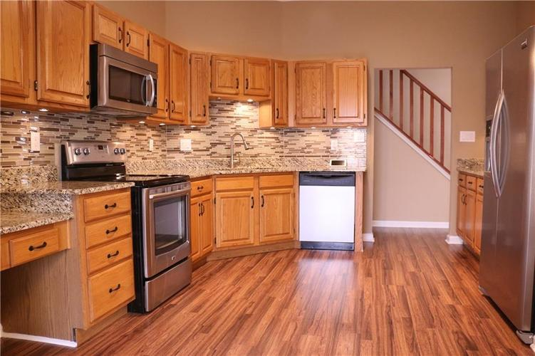 7750 Hooper Strait Drive Indianapolis IN 46236 | MLS 21711760 | photo 6