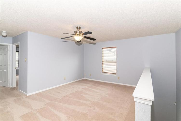 12933 Courage Crossing Fishers IN 46037 | MLS 21711770 | photo 19