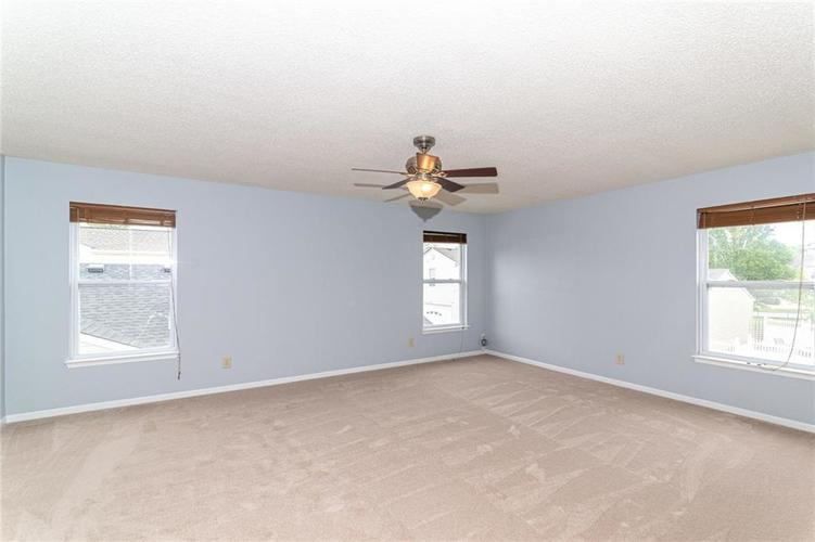 12933 Courage Crossing Fishers IN 46037 | MLS 21711770 | photo 22