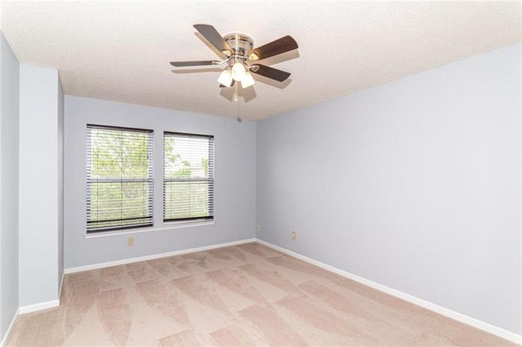 12933 Courage Crossing Fishers IN 46037 | MLS 21711770 | photo 29