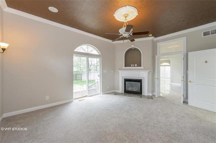 6879 CARTERS GROVE Drive Noblesville IN 46062 | MLS 21711771 | photo 13