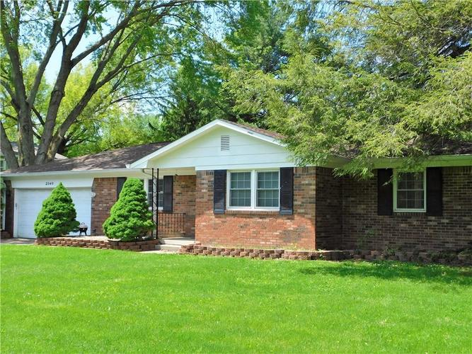 2340 Country Club Road Indianapolis IN 46234 | MLS 21711775 | photo 1