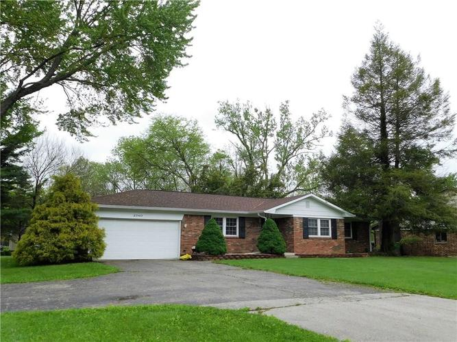 2340 Country Club Road Indianapolis IN 46234 | MLS 21711775 | photo 24