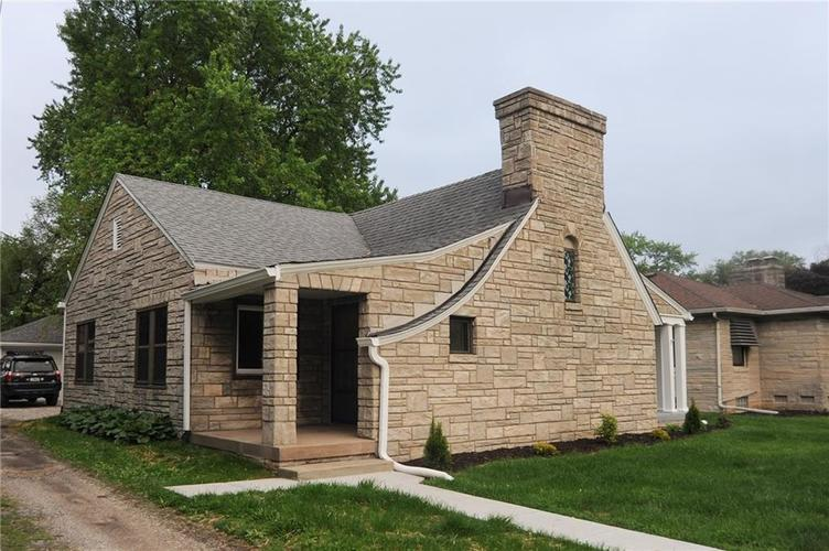 1115 N Emerson Avenue Indianapolis IN 46219 | MLS 21711836 | photo 1