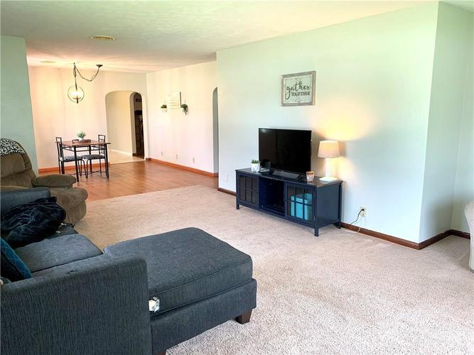 140 S Maple Drive Albany IN 47320 | MLS 21711858 | photo 4