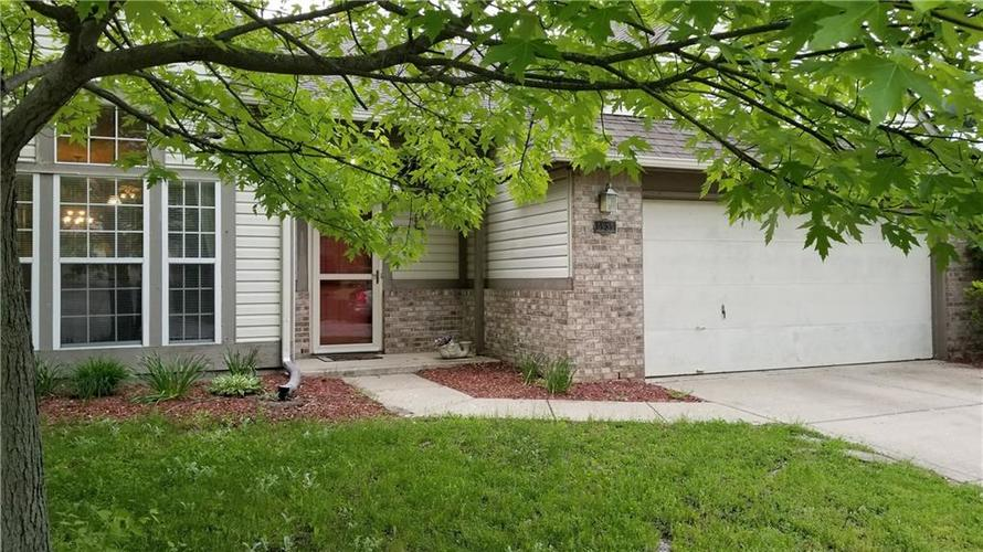 5935 Portillo Place Indianapolis IN 46254 | MLS 21711887 | photo 3