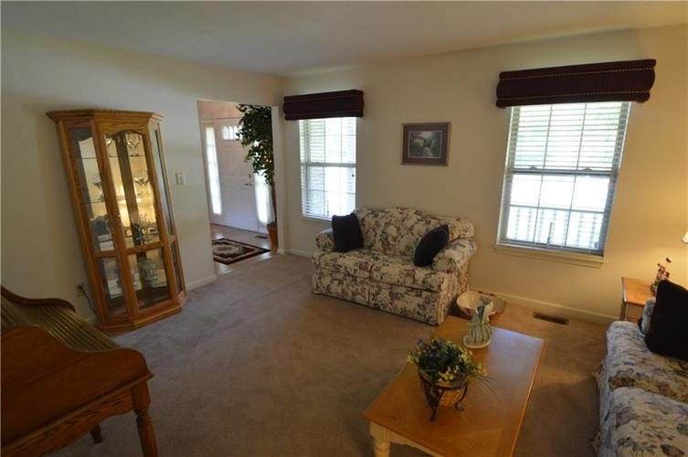 7013 Samuel Drive Indianapolis IN 46259   MLS 21711911   photo 17