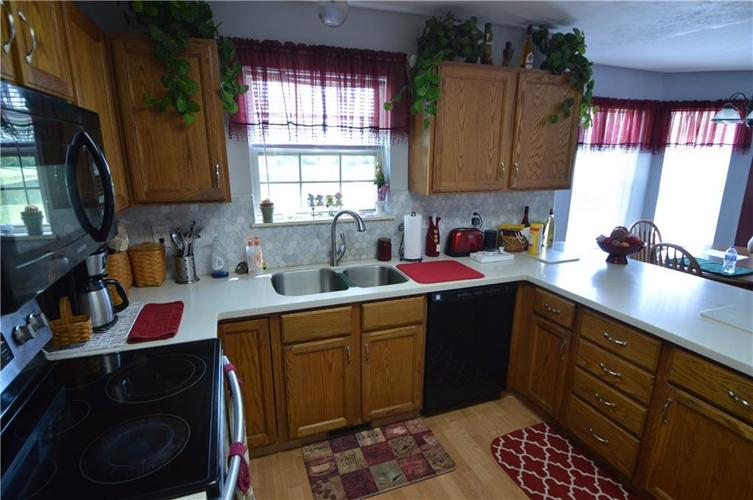 7013 Samuel Drive Indianapolis IN 46259   MLS 21711911   photo 21