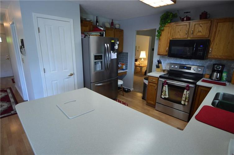7013 Samuel Drive Indianapolis IN 46259   MLS 21711911   photo 23