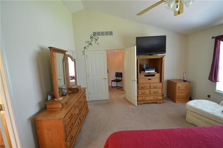 7013 Samuel Drive Indianapolis IN 46259   MLS 21711911   photo 39