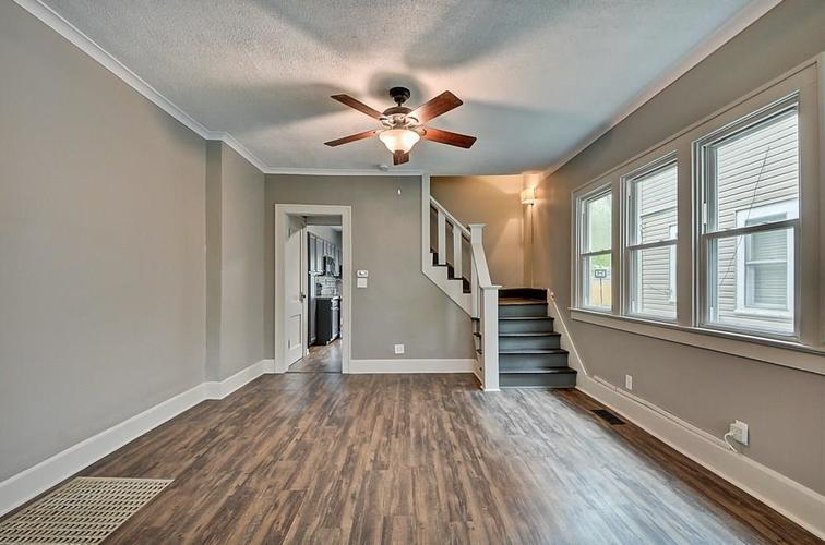 601 N Wallace Street Indianapolis IN 46201 | MLS 21711914 | photo 10