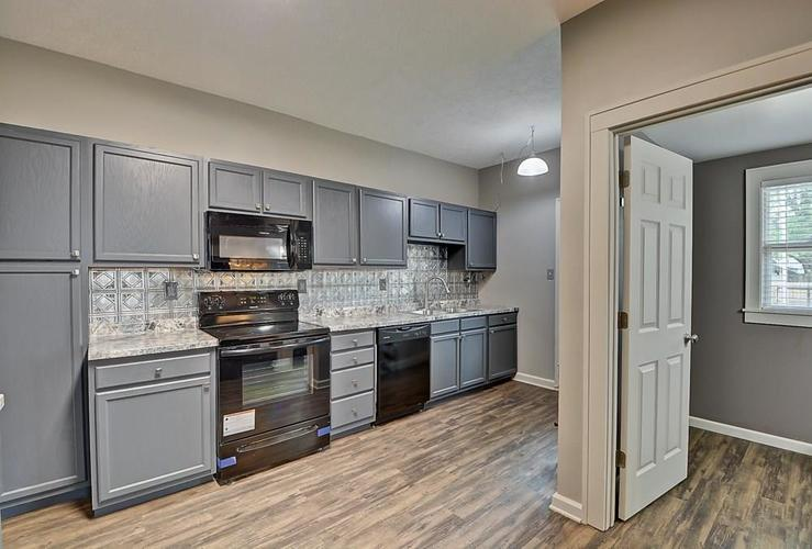 601 N Wallace Street Indianapolis IN 46201 | MLS 21711914 | photo 13