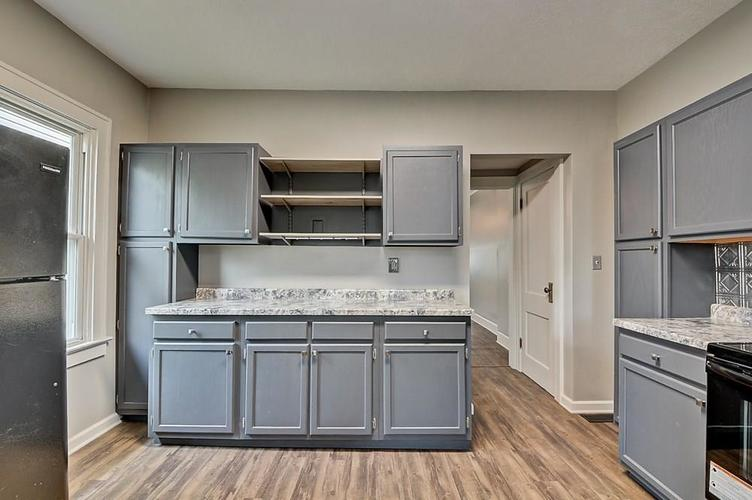 601 N Wallace Street Indianapolis IN 46201 | MLS 21711914 | photo 16