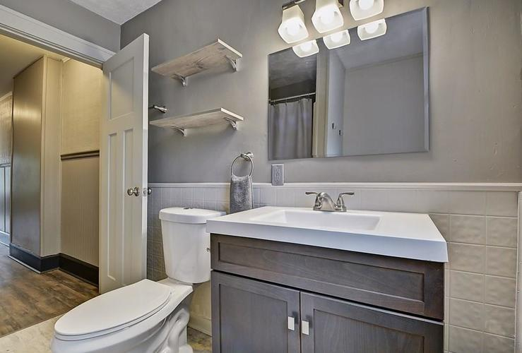 601 N Wallace Street Indianapolis IN 46201 | MLS 21711914 | photo 23