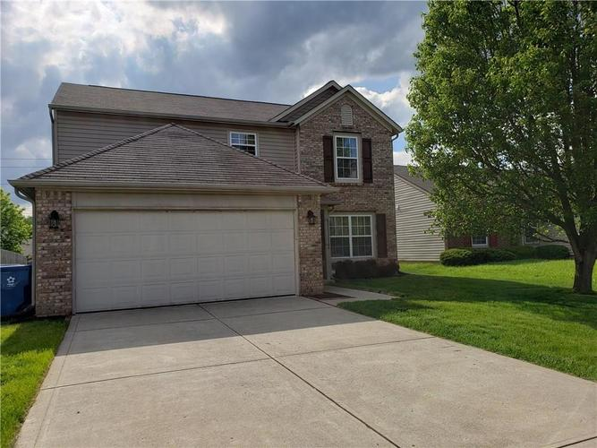 2630 Braxton Drive Indianapolis IN 46229 | MLS 21711923 | photo 1