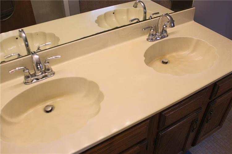 1320 Munsee Circle Indianapolis IN 46228 | MLS 21711958 | photo 20