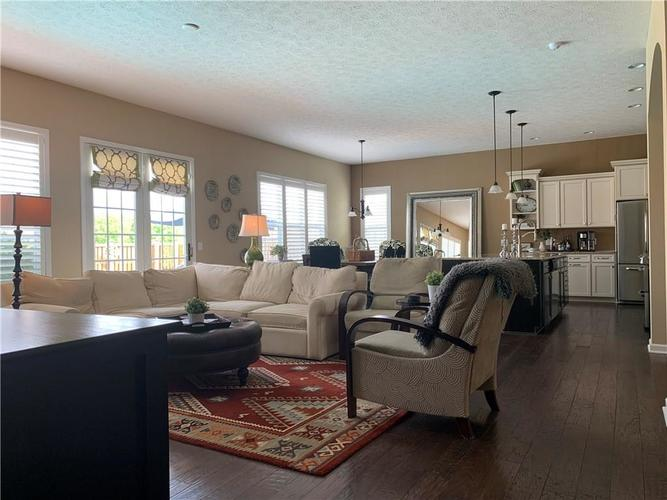 13668 Blooming Orchard Dr Drive Fishers IN 46038 | MLS 21711970 | photo 13