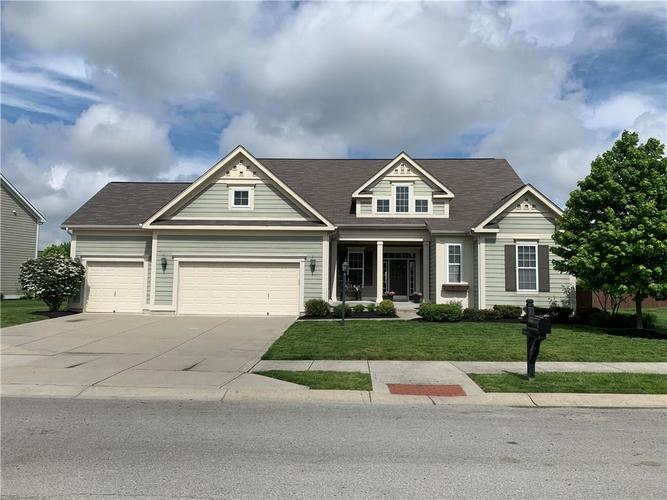 13668 Blooming Orchard Dr Drive Fishers IN 46038 | MLS 21711970 | photo 2