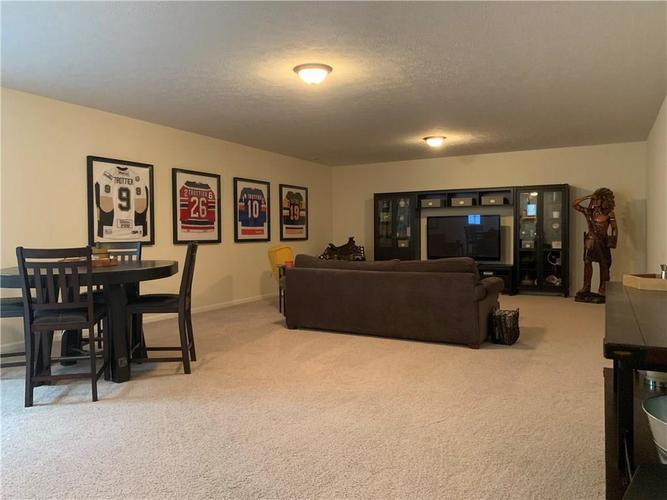 13668 Blooming Orchard Dr Drive Fishers IN 46038 | MLS 21711970 | photo 33