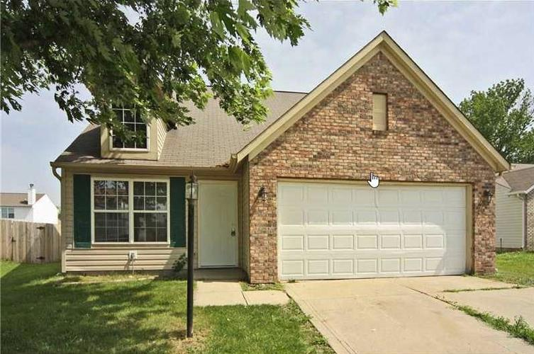 11042 DURA Drive Indianapolis IN 46229   MLS 21712021   photo 1