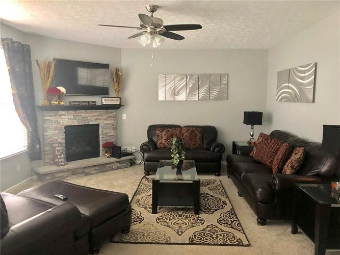 4424 Goose Rock Drive Indianapolis IN 46239 | MLS 21712032 | photo 10