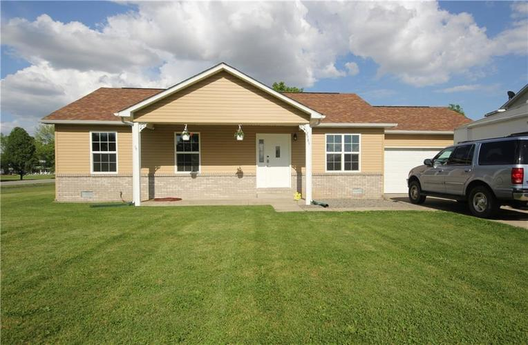 12985 N Meagan Drive Camby IN 46113 | MLS 21712093 | photo 1