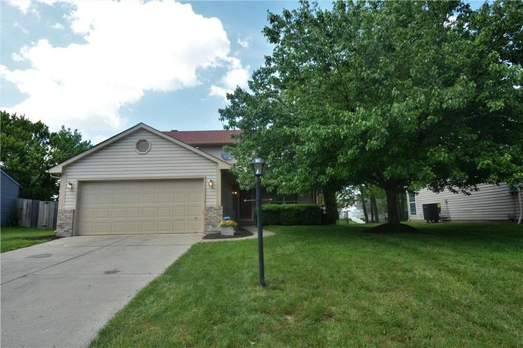 6428 Bower Drive Indianapolis IN 46241   MLS 21712151   photo 1