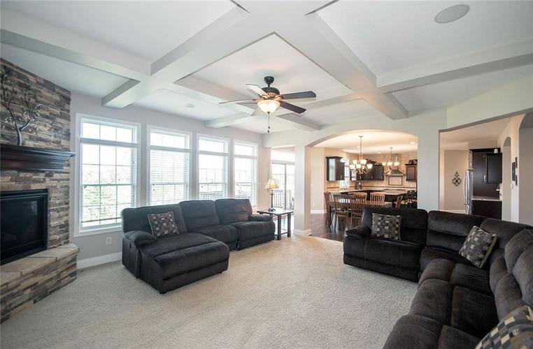 14514 Copper Springs Way Fishers IN 46040 | MLS 21712182 | photo 10