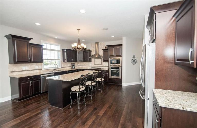 14514 Copper Springs Way Fishers IN 46040 | MLS 21712182 | photo 15