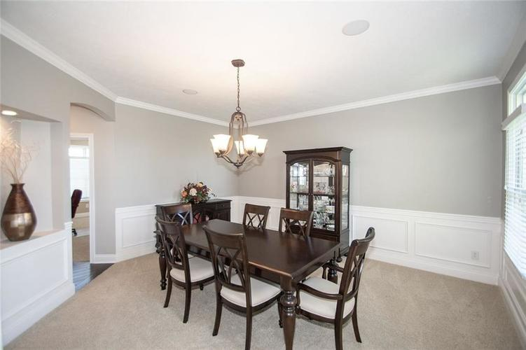 14514 Copper Springs Way Fishers IN 46040 | MLS 21712182 | photo 22