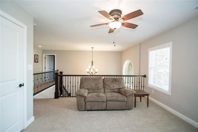14514 Copper Springs Way Fishers IN 46040 | MLS 21712182 | photo 28