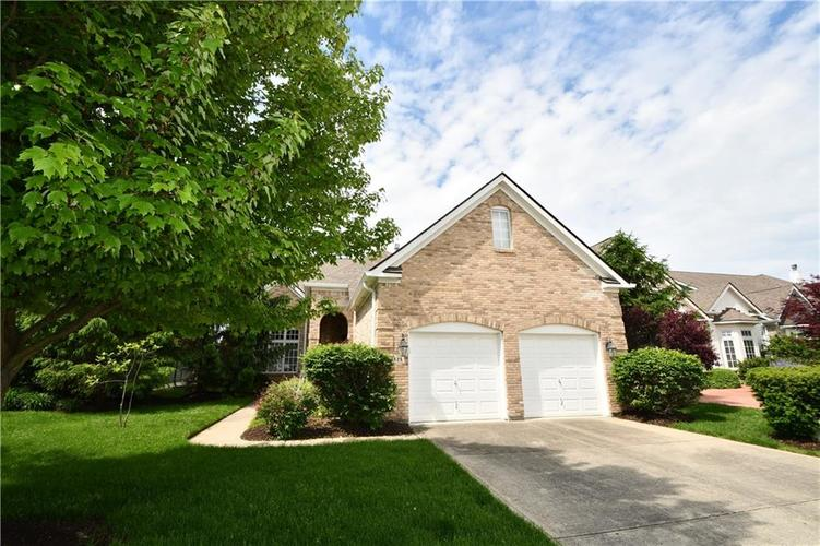 4825 E Crystal River Court E Indianapolis IN 46040 | MLS 21712191 | photo 1