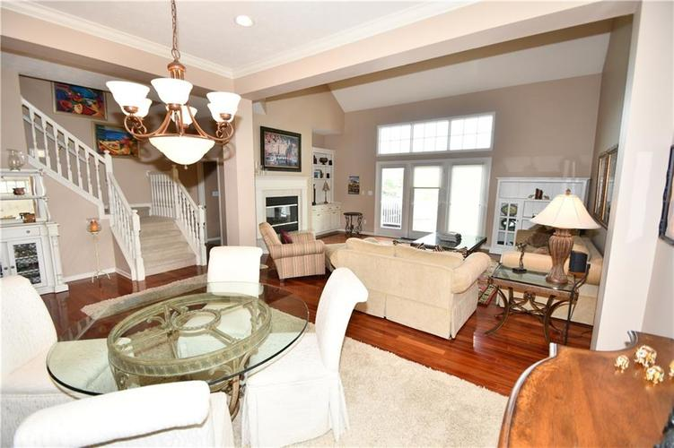 4825 E Crystal River Court E Indianapolis IN 46040 | MLS 21712191 | photo 7