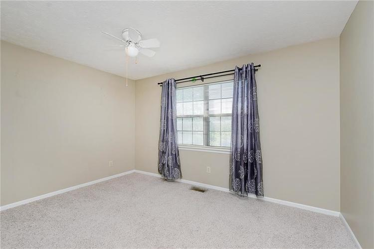 6481 Decatur Commons Indianapolis IN 46221 | MLS 21712253 | photo 15