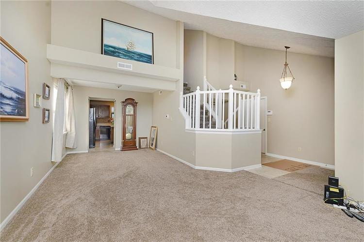 6481 Decatur Commons Indianapolis IN 46221 | MLS 21712253 | photo 7