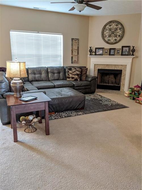 6486 Enclave Court Greenwood IN 46143 | MLS 21712271 | photo 10