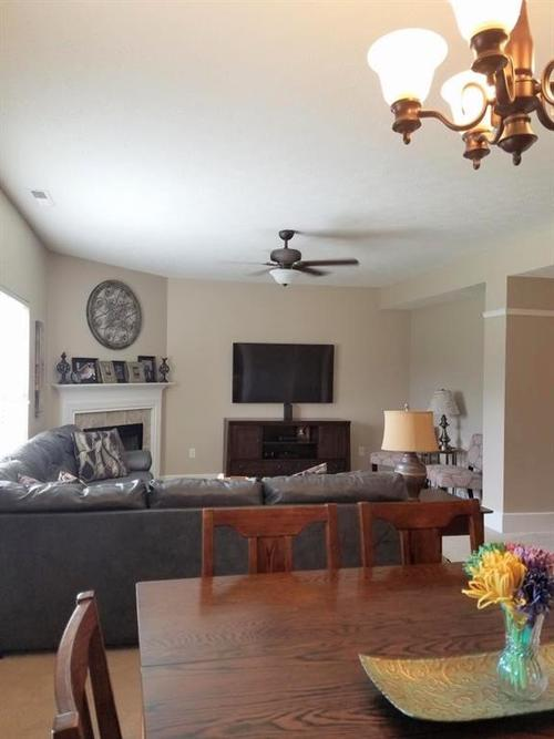 6486 Enclave Court Greenwood IN 46143 | MLS 21712271 | photo 11