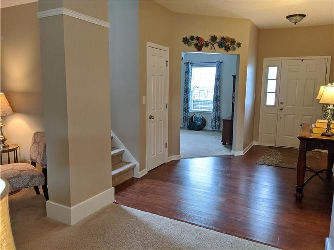 6486 Enclave Court Greenwood IN 46143 | MLS 21712271 | photo 13