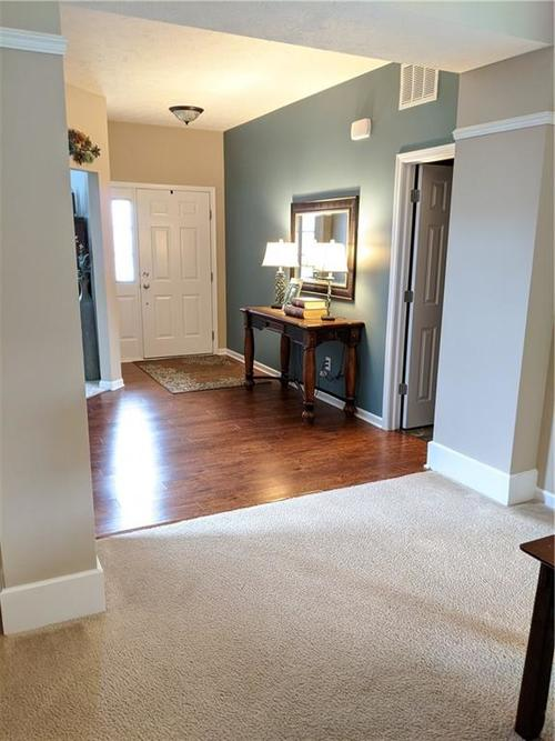 6486 Enclave Court Greenwood IN 46143 | MLS 21712271 | photo 18