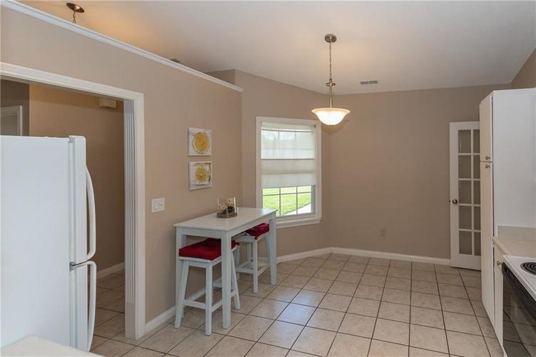 18074 Sanibel Circle Westfield IN 46062 | MLS 21712287 | photo 13