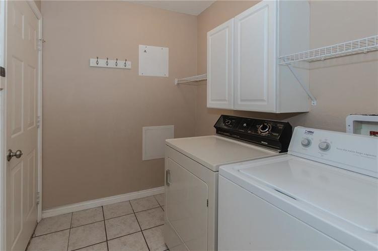 18074 Sanibel Circle Westfield IN 46062 | MLS 21712287 | photo 20