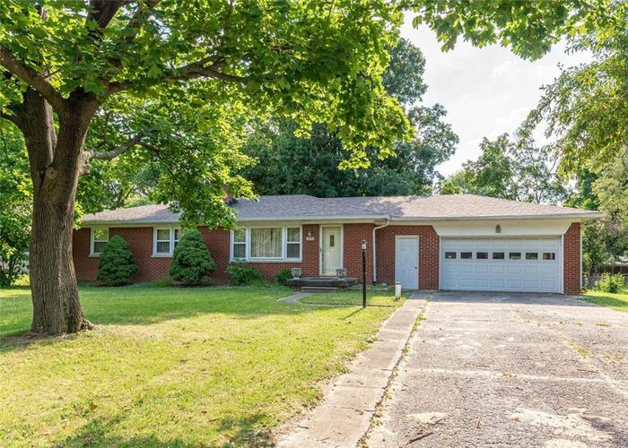 226 Heather Drive Indianapolis IN 46214   MLS 21712457   photo 1