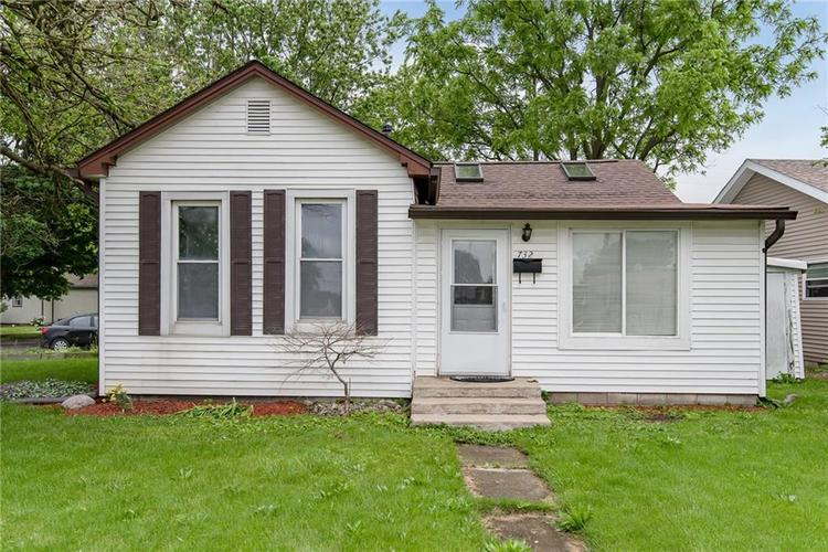 732 W Main Street Lebanon IN 46052 | MLS 21712476 | photo 1
