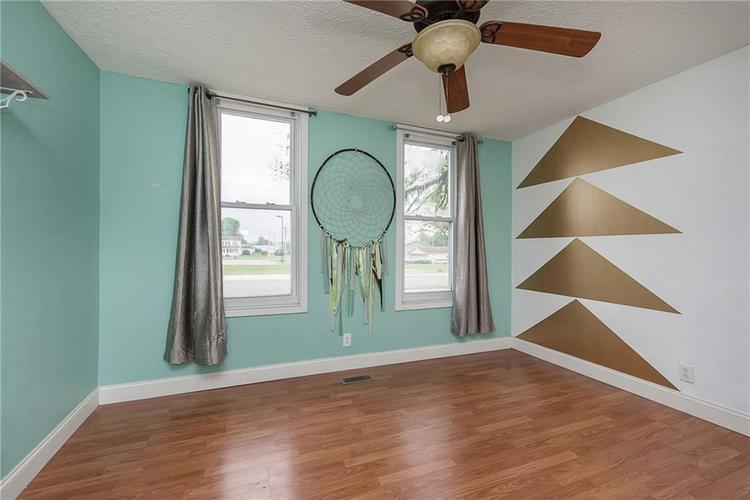 732 W Main Street Lebanon IN 46052 | MLS 21712476 | photo 15