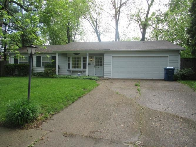 3915  Richelieu Court Indianapolis, IN 46226 | MLS 21712481