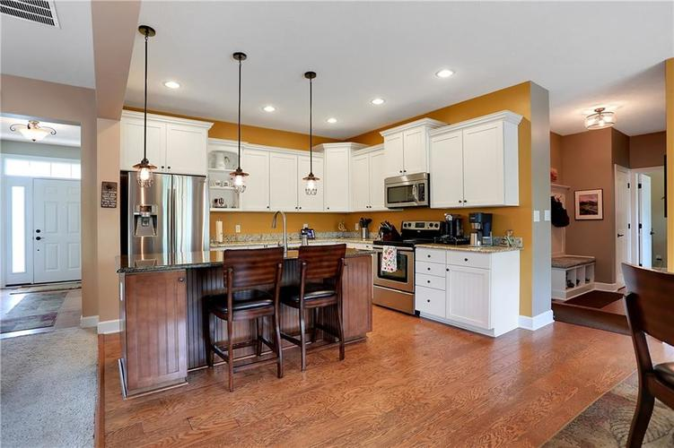 12256 Westmorland Drive Fishers IN 46037 | MLS 21712525 | photo 13